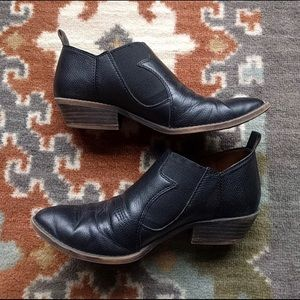 Lucky Brand Joelle Western Leather Ankle Booties